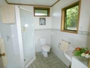 Manuka bathroom warmer