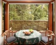 Totara bay window